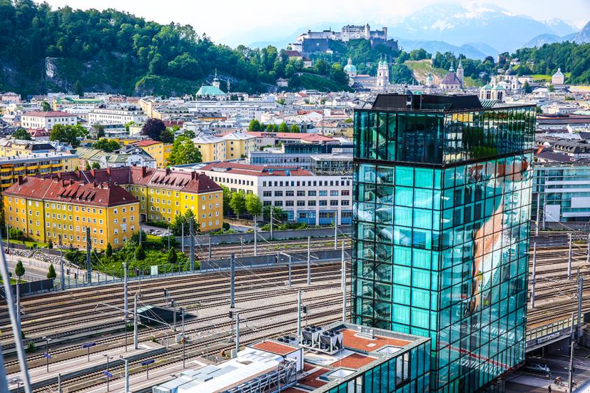 Das neue arte Hotel Salzburg direkt am Hauptbahnhof