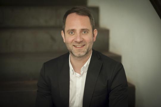 Agenturchef Niko Pabst sampelt nachhaltig mit seiner Agentur Freudebringer