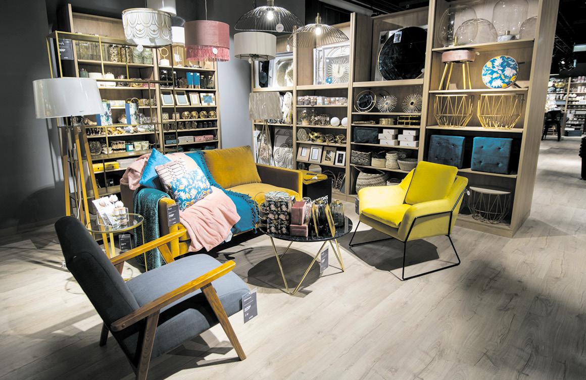 Der Sortimentsschwerpunkt liegt auf trendigen Möbeln und Wohnaccessoires.