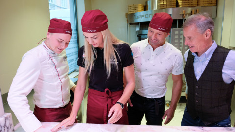 Linz: Ivona Dadic beim Pizzabacken
