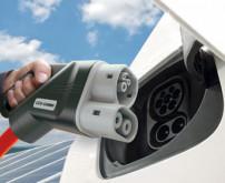 BMW, Daimler, Ford und VW planen ultraschnelles E-Ladenetz