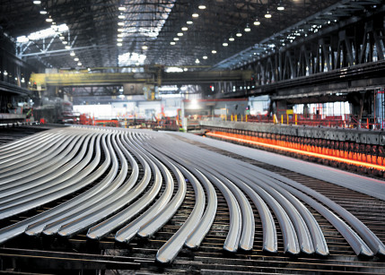 voestalpine kann globale, volldigitalisierte Bahn(en)