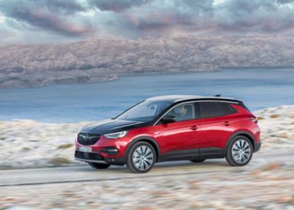 Der neue Opel Grandland X Plug-In-Hybrid mit Allradantrieb