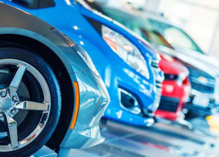 Gebrauchtwagen-Käufer favorisieren Handel