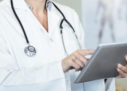 Elektronischer Impfpass: Drei liefert Infrastruktur