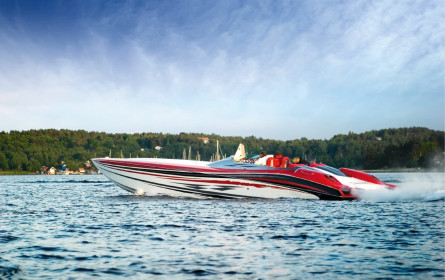 Supertanker sucht Speedboat