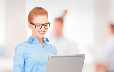 Weibliche Fachkräfte im Karriere-Visier