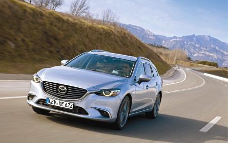 Autofahrer stehen auf Mazda & Benz