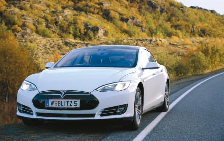 Dank der Crowd mit Tesla S fahren