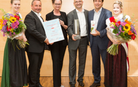 SalzburgMilch und Ja! Natürlich gewinnen Milch-Innovationspreis 2016