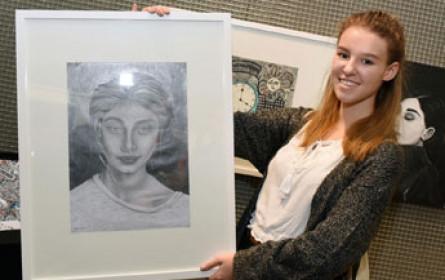 Young at Art-Siegerin sicherte sich Einzelausstellung im OÖ Landesmuseum