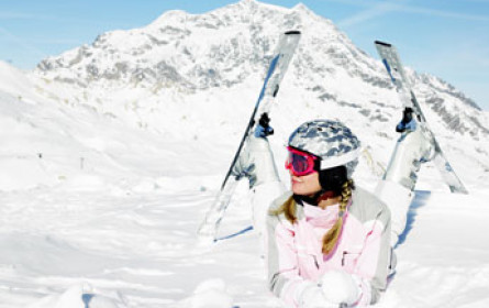 Online-Angebot stützt stolze Wachstumsraten bei Verleih-Skiern