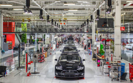 Tesla schreibt endlich schwarze Zahlen