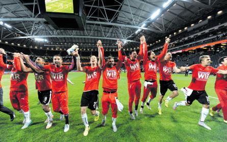 Im Juni und Juli übernimmt König Fußball das Ruder