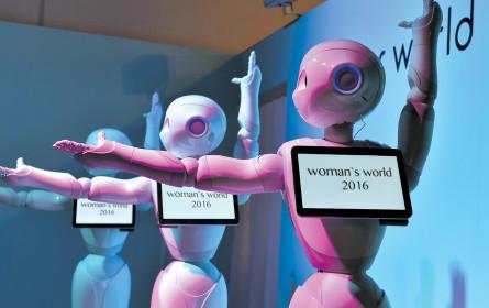 Die Arbeitswelt wird digitaler und weiblicher
