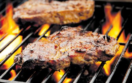 Lauer Fußball-Sommer, aber heiße Steaks