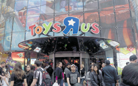 """Toys""""R""""Us goes Markant"""