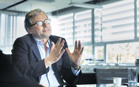 Wrabetz will vier Cent pro Tag & Haushalt mehr