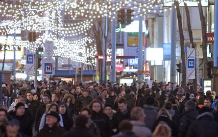 Handel mit Adventsamstagen bisher zufrieden, der Trubel steht aber noch aus