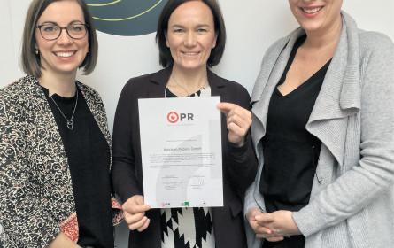 PR mit Brief und (Güte-)Siegel