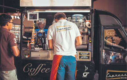 Jahresbeginn mit Kaffee und Charity