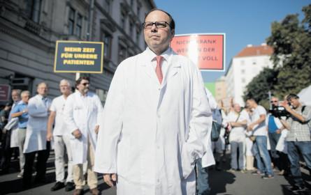 Ärztechef Szekeres: Fünf weitere Jahre