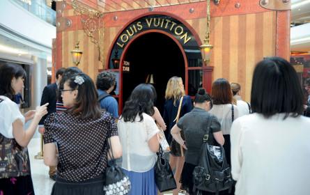 Chinesen greifen noch tiefer in die Tasche
