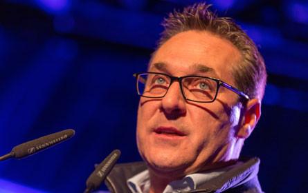 FPÖ-Angriffe auf ORF - Sender klagt Strache auf Unterlassung
