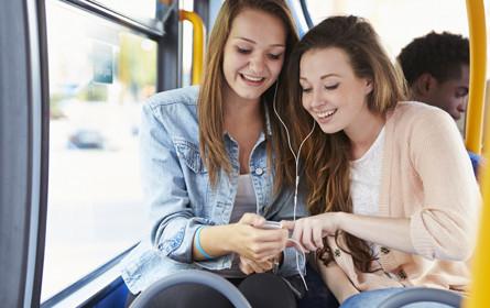 Social Media: WhatsApp und YouTube bei Jugendlichen an der Spitze