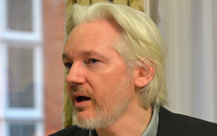 Ecuador: Assange verpflichtete sich zu Verzicht auf Politisches