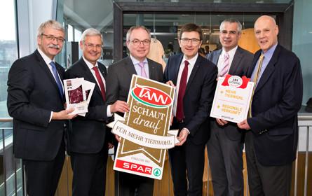 Spar erweitert Tierwohl-Projekt mit Rindfleisch aus Niederösterreich