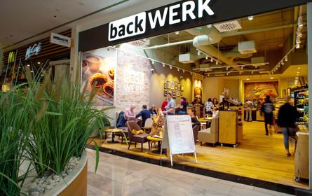 BackWerk mit neuen Shops am Westbahnhof und der SCS