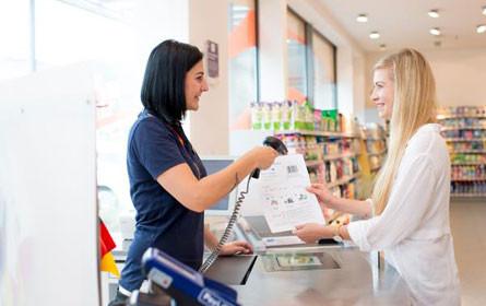 Online bar bezahlen: dm kooperiert mit Barzahlen