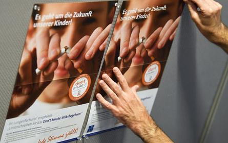 Volksbegehren: Rauchverbot und Frauen in Wien am stärksten