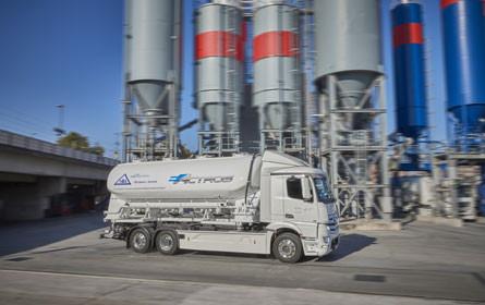 Daimler denkt die Zukunft elektrisch