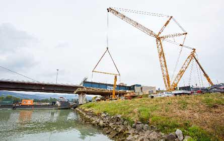 Logistik für die Voestbrücke in Linz