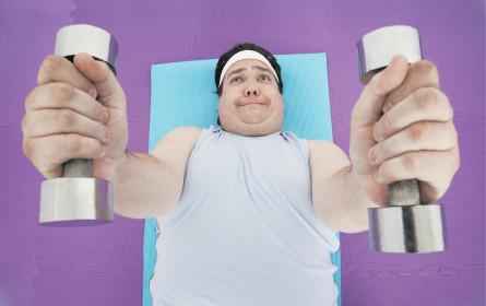Männer fühlen sich fitter als Frauen