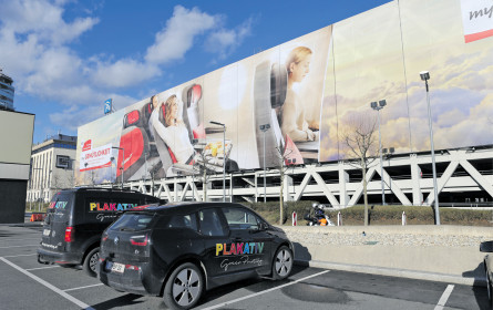 Werbebotschaften für eine Million Quadratmeter