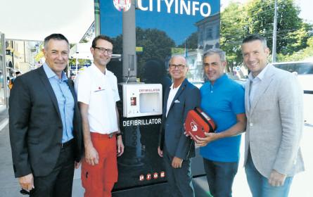 Citylight mit Wlan und Defibrillator