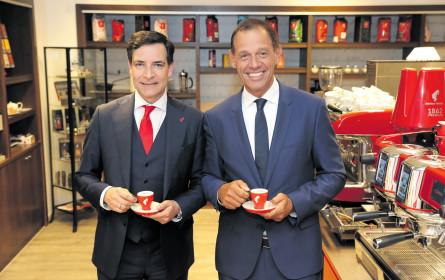 Meinl schenkt den Russen Kaffee ein