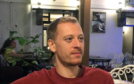 #FreeMaxZirngast: Aktivist bleibt weiter auf freiem Fuß
