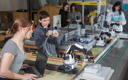 TGM richtet Mini-Fabrik für Schüler ein