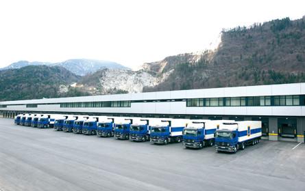 Abbiegeassistent bei allen neuen Lkw im Hofer-Fuhrpark