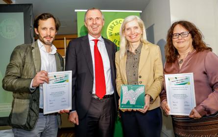 """Rewe Group wird für """"Lernen macht Schule"""" mit """"Wirtschaft hilft!""""-Award ausgezeichnet"""