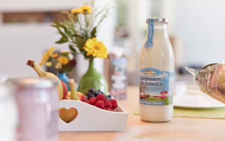 Spar bringt Milch in der Mehrweg-Glasflasche