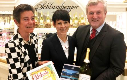 "LuxuryTravel.at ehrt den ""Ambassador of the Year 2019"""