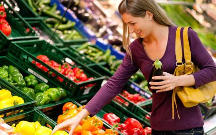 Aldi verlangt für Obst- und Gemüsesackerl aus Plastik künftig Geld