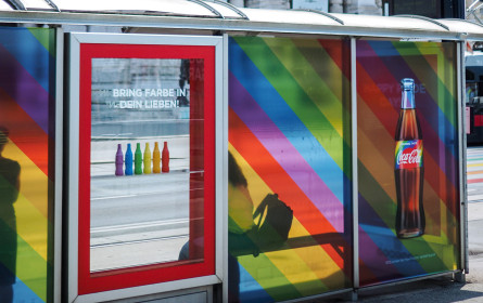 Coca-Cola und Obscura bekennen Farbe