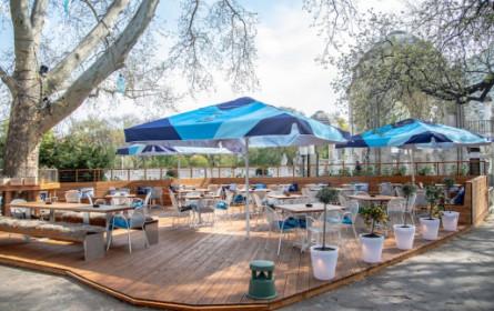 Digitalbranche feiert im Kleinod Stadtgarten