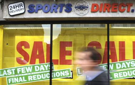 Sports Direct verschiebt Veröffentlichung von Zahlen